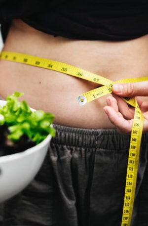 Reprogramación de su mente inconsciente para recuperar su peso ideal y saludable